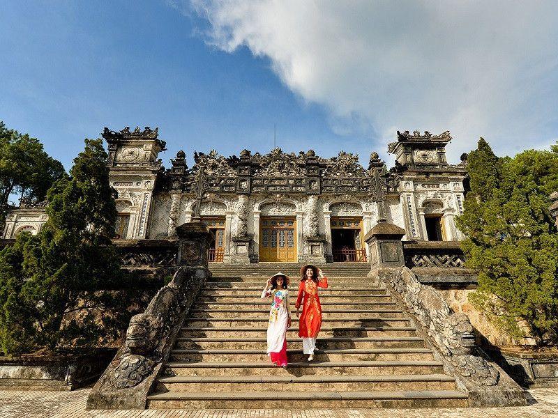 Du lịch Huế từ tháng 3 đến tháng 8 là đẹp nhất - Dichvuhay.vn