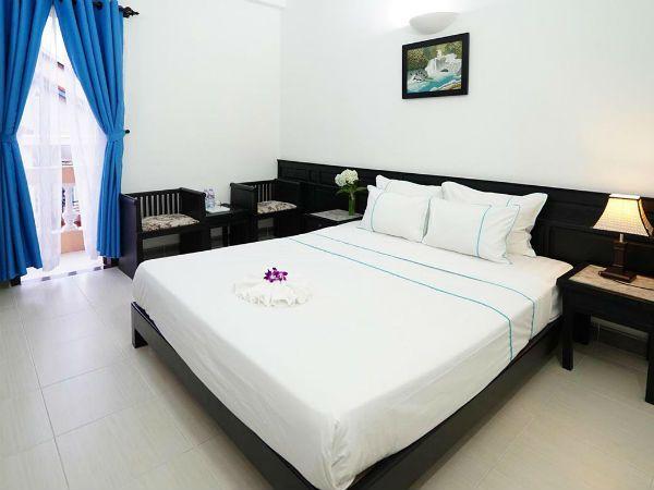 Phòng Superior tại Sunset Hoi An Hotel - gợi ý đi Hội An nên ở khách sạn nào - Dichvuhay.vn