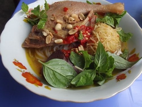 Mỳ quảng vịt - Dichvuhay.vn