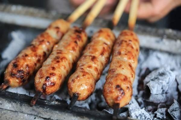 Khi nướng bóng đẹp thì nên có thêm chút thịt mỡ - Dichvuhay.vn